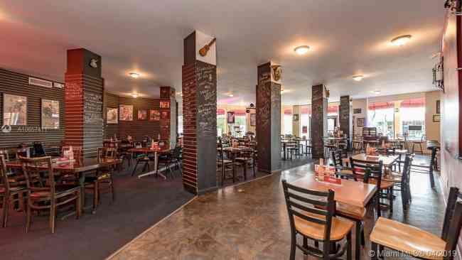 Vendo Restaurant Miami $275000