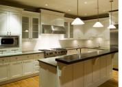 Gabinetes de cocina en madera sólida