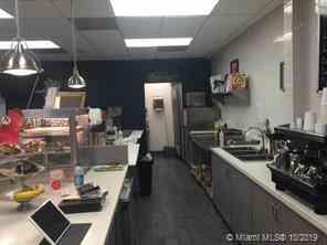 Vendo Cafeteria en Edificio de oficinas $ 120,000