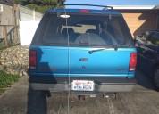 Vendo  ford  explorer  4  x  4