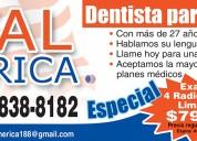 Dentista con manos de ceda